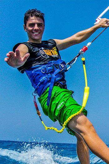 alex-kitesurfing-kite-air-riders-kitepro-center-kremasti-rhodes-instructor-team