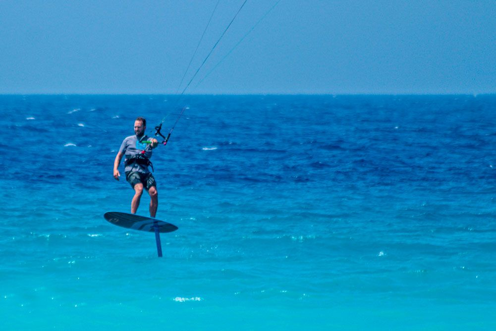 kitesurfing-kite-air-riders-kitepro-center-kremasti-rhodes-air-sea