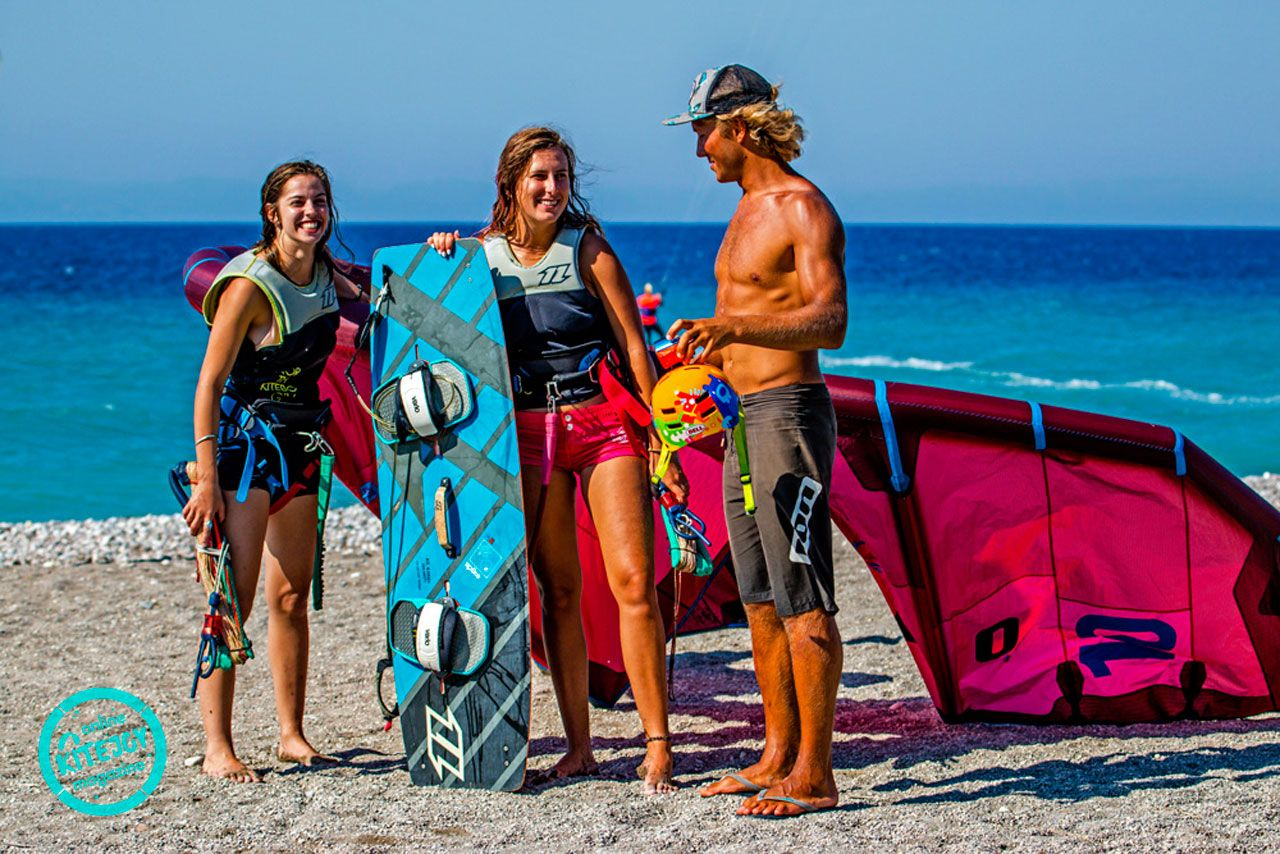 kitesurfing-kite-air-riders-kitepro-center-kremasti-rhodes-instructor-fun