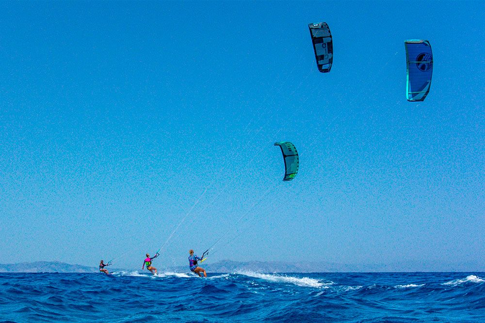 downwind-kite-air-riders-kitepro-center-kremasti-rhodes